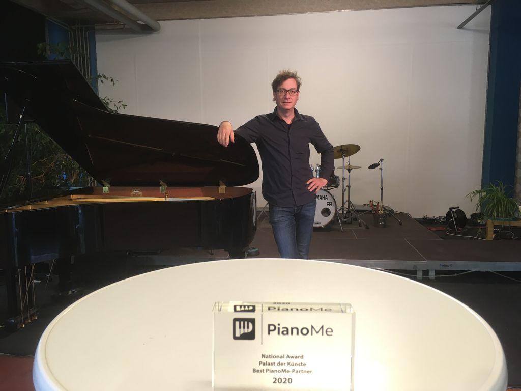 """""""Dank PianoMe habe ich Zeit für das, was mir wirklich Spaß macht."""" – Interview mit unserem """"Best PianoMe-Host"""" des Jahres 2020, Dipl. Musiker sowie Dipl. Musikpädagoge Ansgar Vollmer."""
